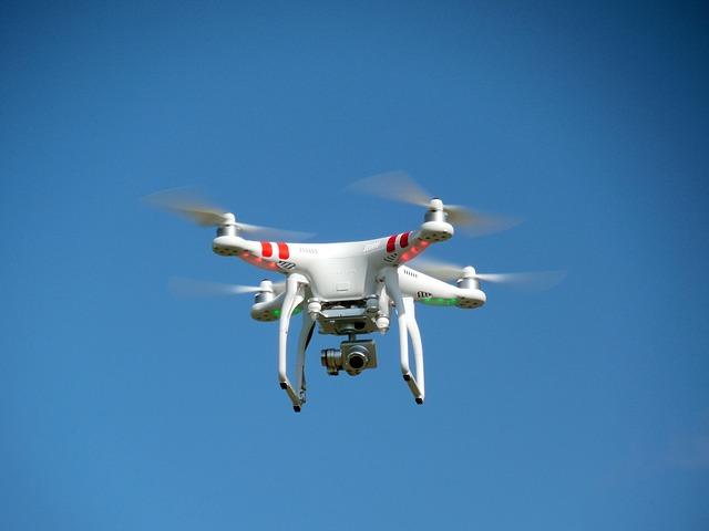 La ce sunt folosite dronele